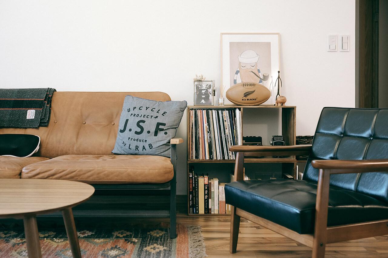 0-6-living-sofa-4
