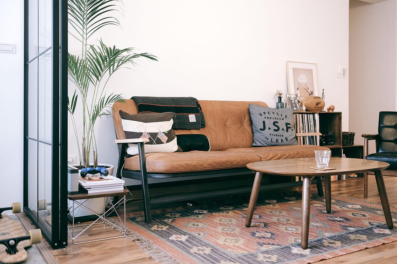 0-6-living-sofa-8