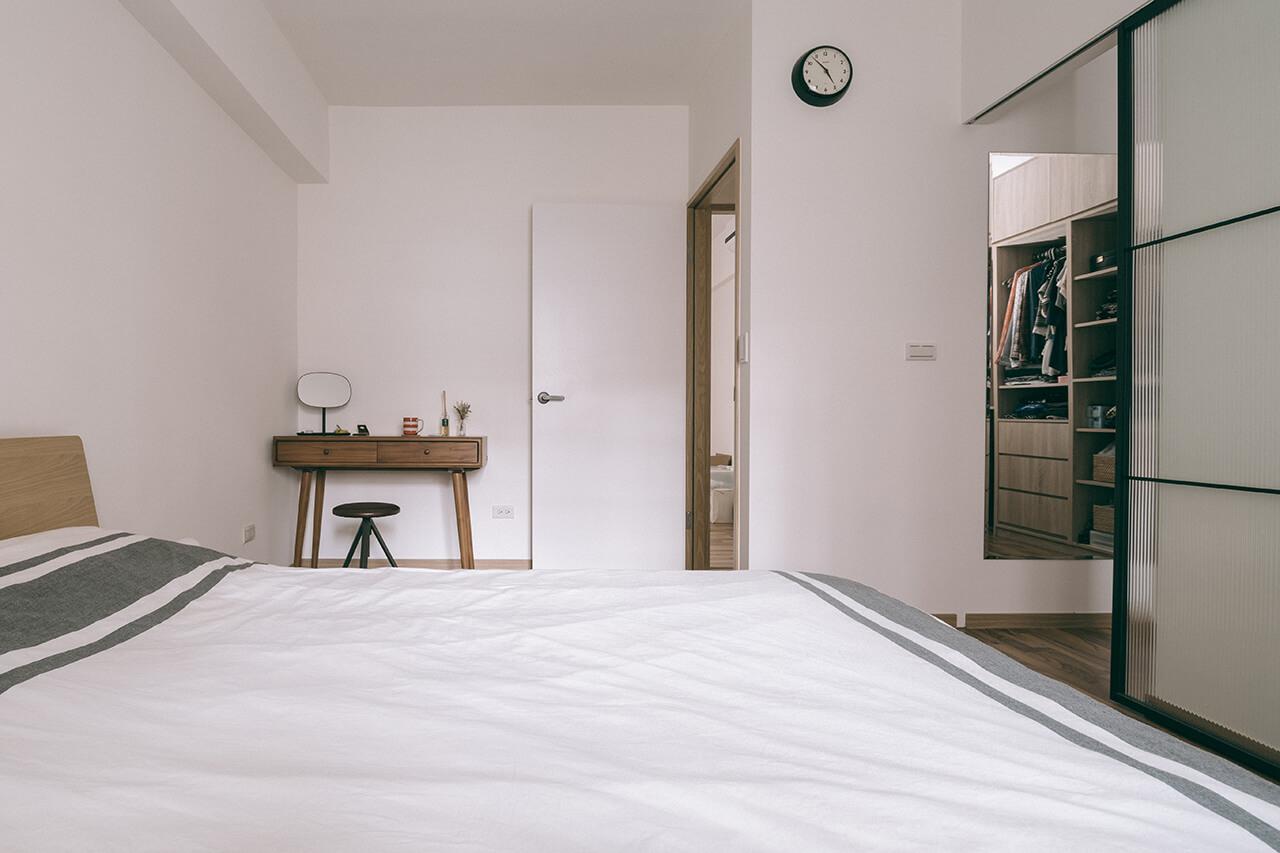 4-room-6