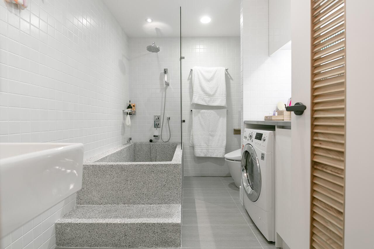 toilet-bathroom-1