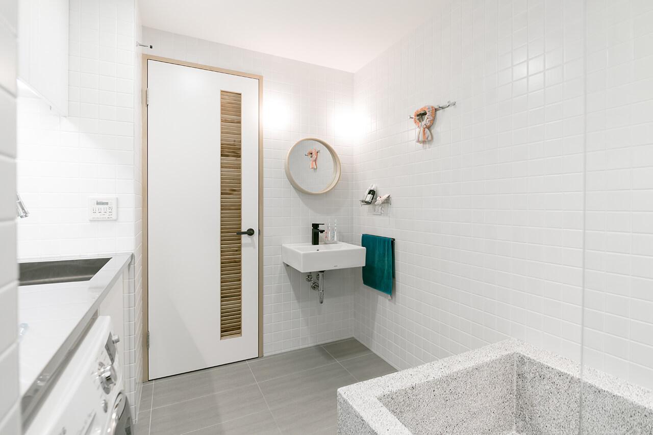 toilet-bathroom-2